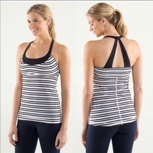 🌺Lululemon black and White striped Tank • EUC🌺